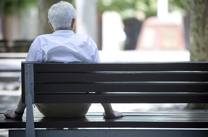 ¿Cuánto afecta la soledad a las personas de la tercera edad?