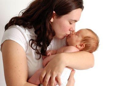 Madres necesitan mayor protección: OIT
