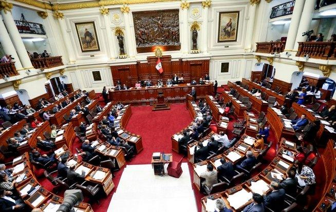 En Perú Congreso aprueba retiro de fondos (95%) en AFP