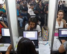 OIT: desempleo mundial aumentará en 3,4 millones en 2017 (vídeo)