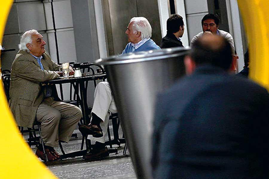 Cepal y OIT: Más de la mitad de las personas mayores de AL no recibe pensión de un sistema contributivo