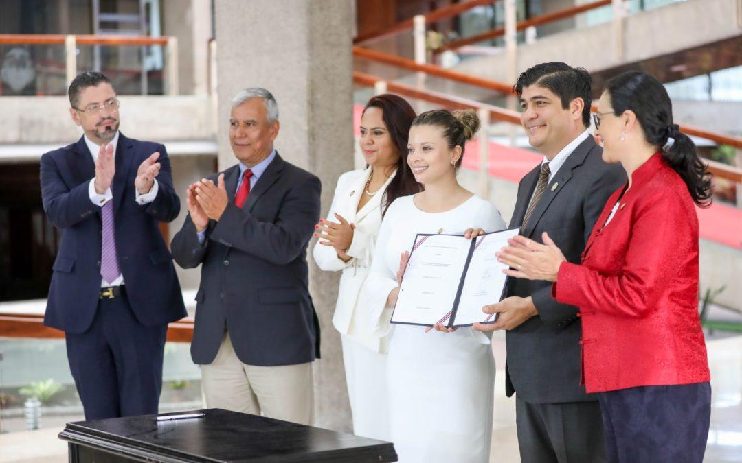 Costa Rica: imponen contribución a «pensiones de lujo» (vídeo)