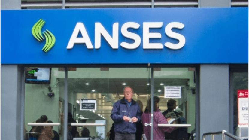 Desde junio suben las jubilaciones en Argentina (vídeo)